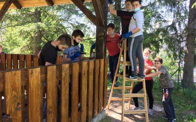 Barvanje igral in nove učilnice na prostem